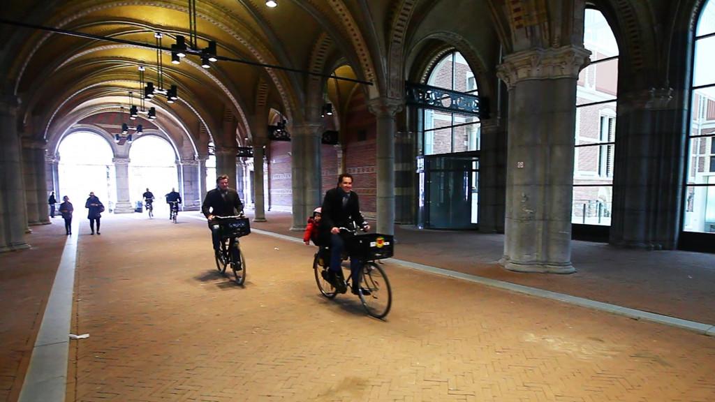 Stad wil fietstunnel vanaf volgende week hele dag open