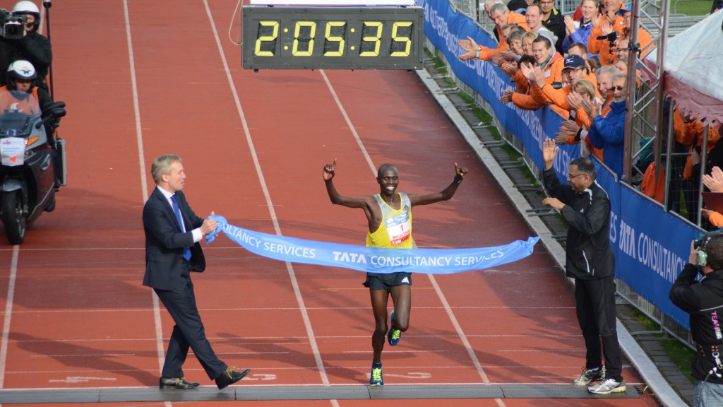 Wilson Chebet wint voor derde keer op rij de marathon
