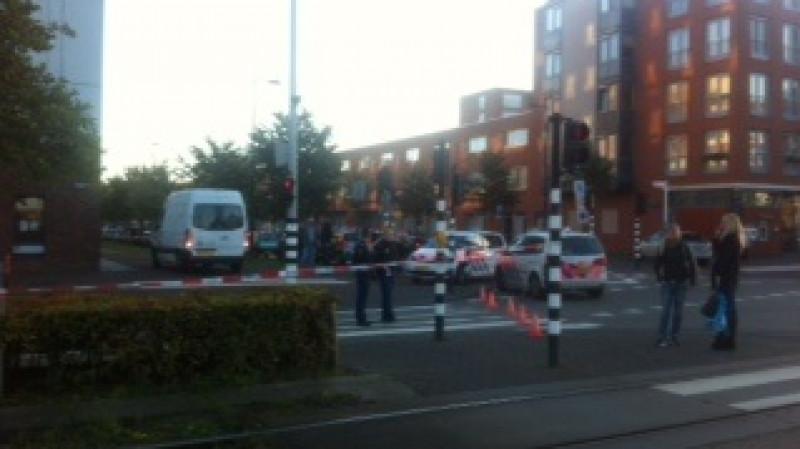Politieagent neergestoken op IJburg
