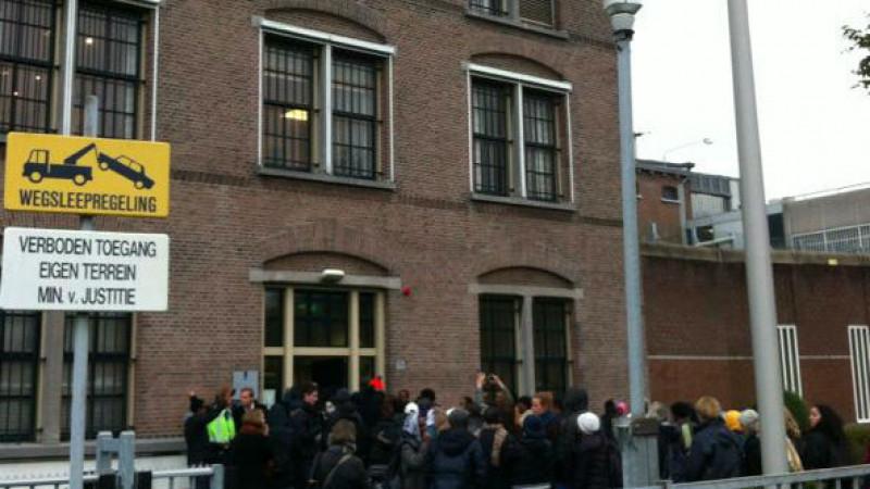 Vluchtelingen bang voor gevangenis na bezoek Havenstraat