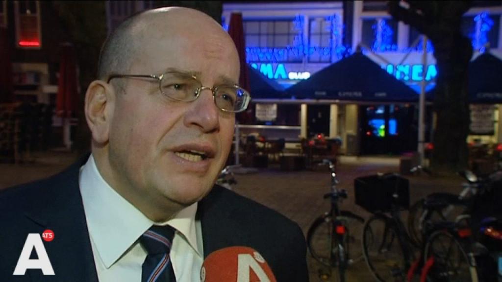 Teeven: Opvang Havenstraat 'minst slechte oplossing'