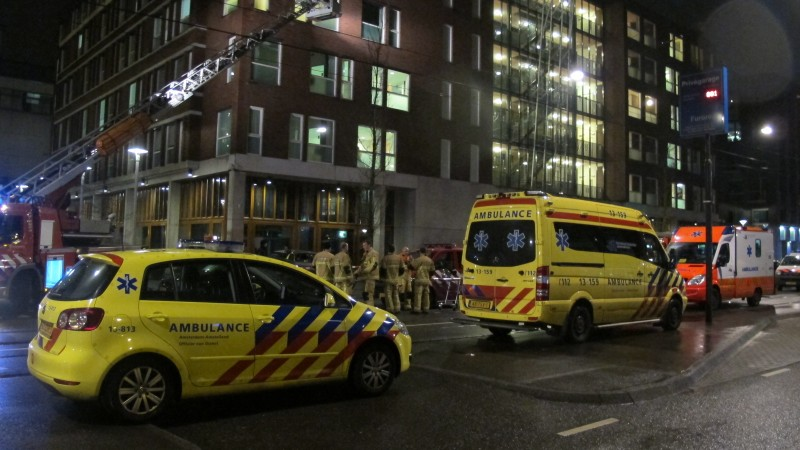 Vijf gewonden bij brand in kliniek Eerste Constantijn Huygensstraat