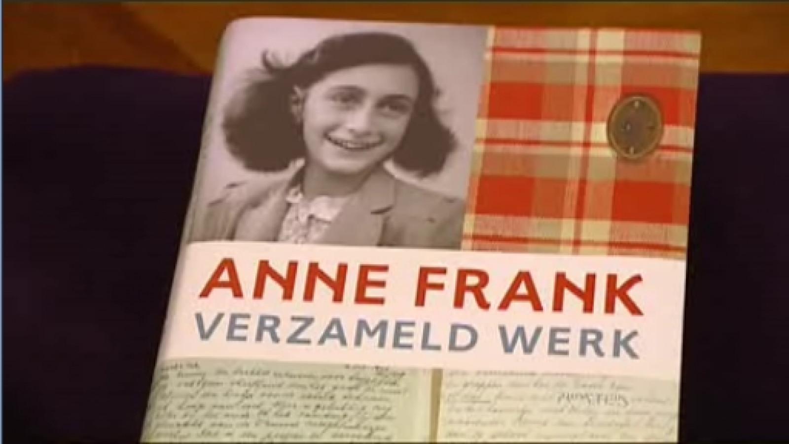 Citaten Uit Dagboek Anne Frank : Dagboek anne frank letterlijk op het toneel at5