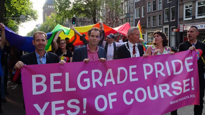 Protest mars tegen zinloos geweld in het algemeen en tegen homoseksuelen in het bijzonder