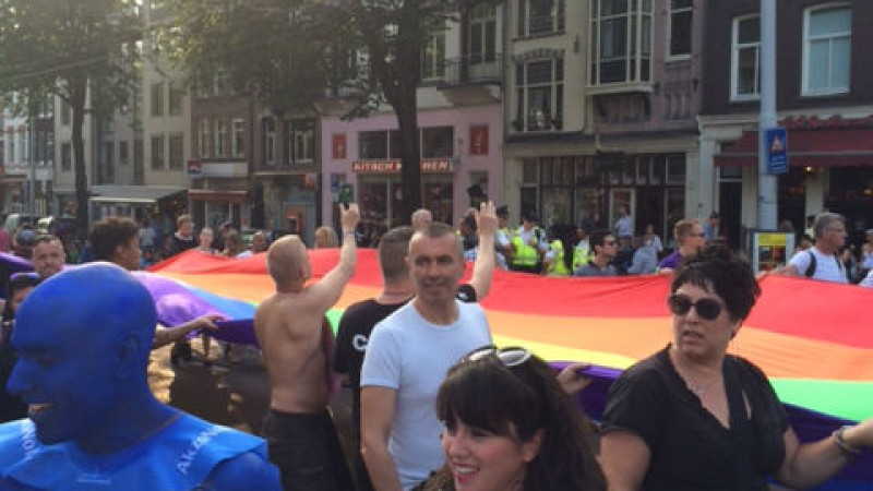 1500 mensen lopen mee met PrideWalk