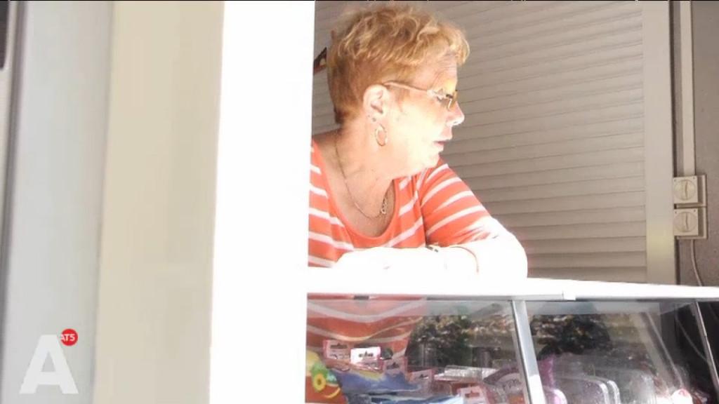 Cobie bakt al 17 jaar friet voor het Flevoparkbad
