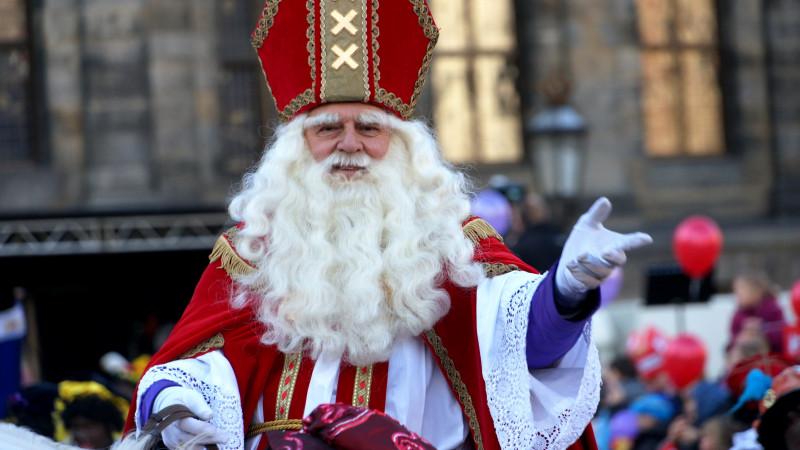 LET OP!! OUDE IMAGE: De intocht van Sinterklaas in Amsterdam.