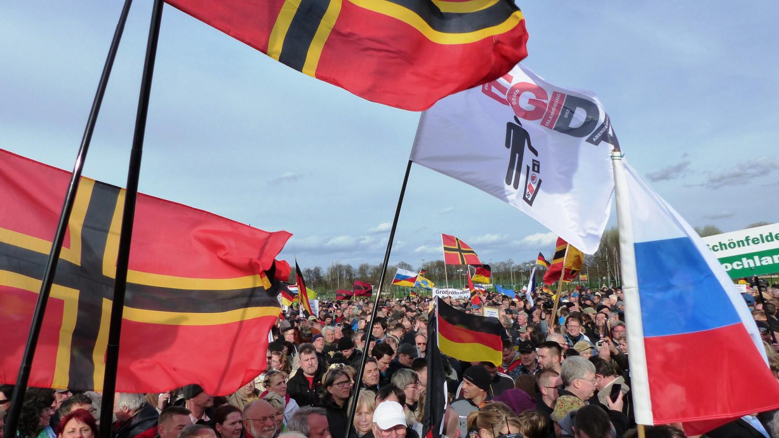 Flickr.com / Metropolico.org, Pegidademonstratie in het Duitse Dresden in 2015