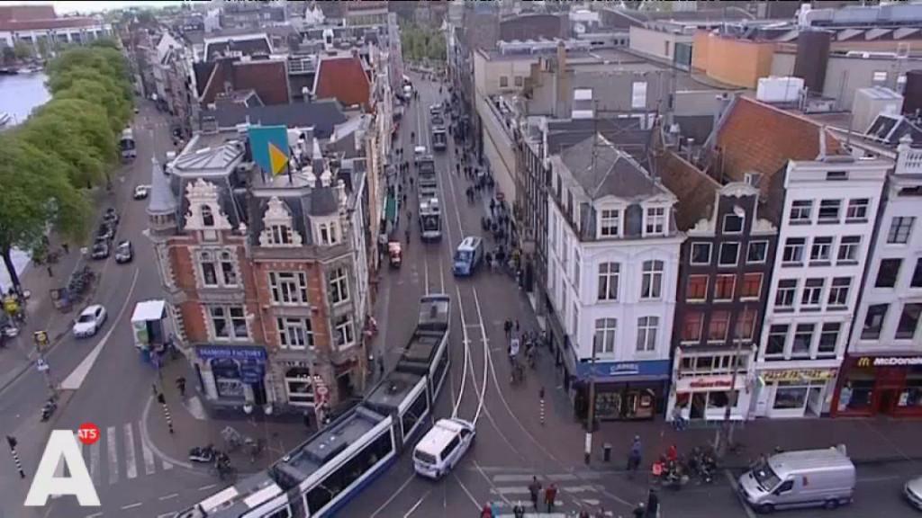 Bezorgde Amsterdammers vrezen 'muur van Mokum' door autovrij Muntplein