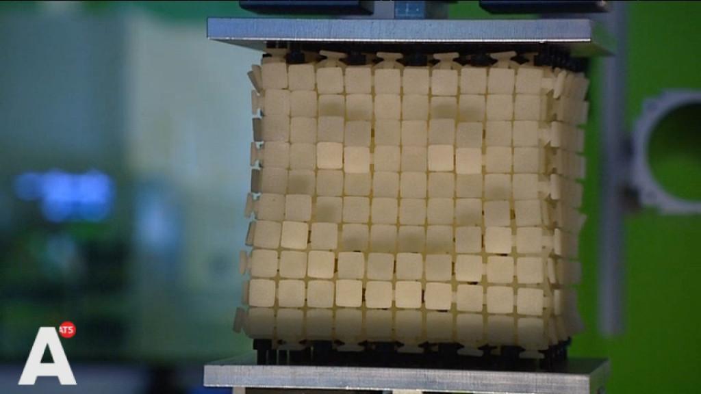 Wetenschapper doet jarenlang onderzoek naar revolutionaire kubus
