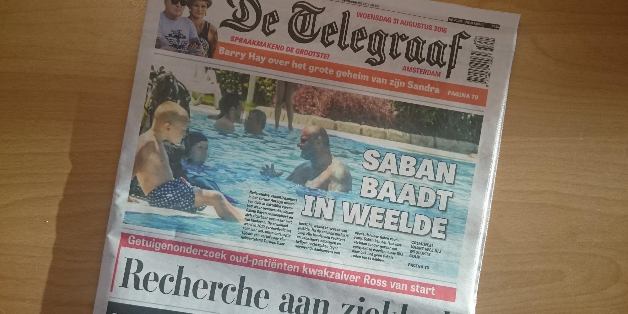 Saban B  zwemt rustig tussen de toeristen in Turkije - AT5