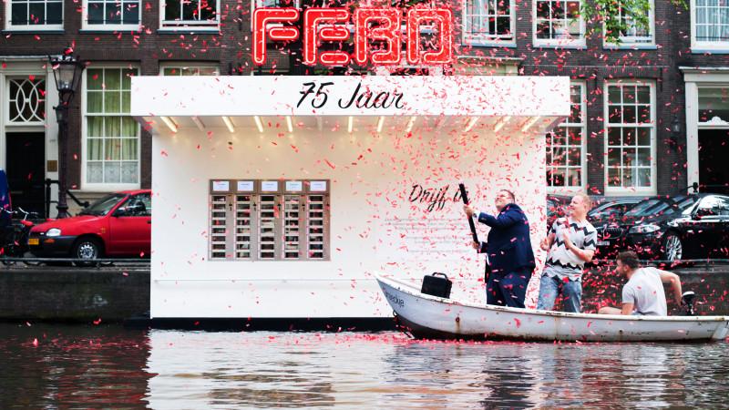 Gratis kroketten bij drijvende Febo op Prinsengracht