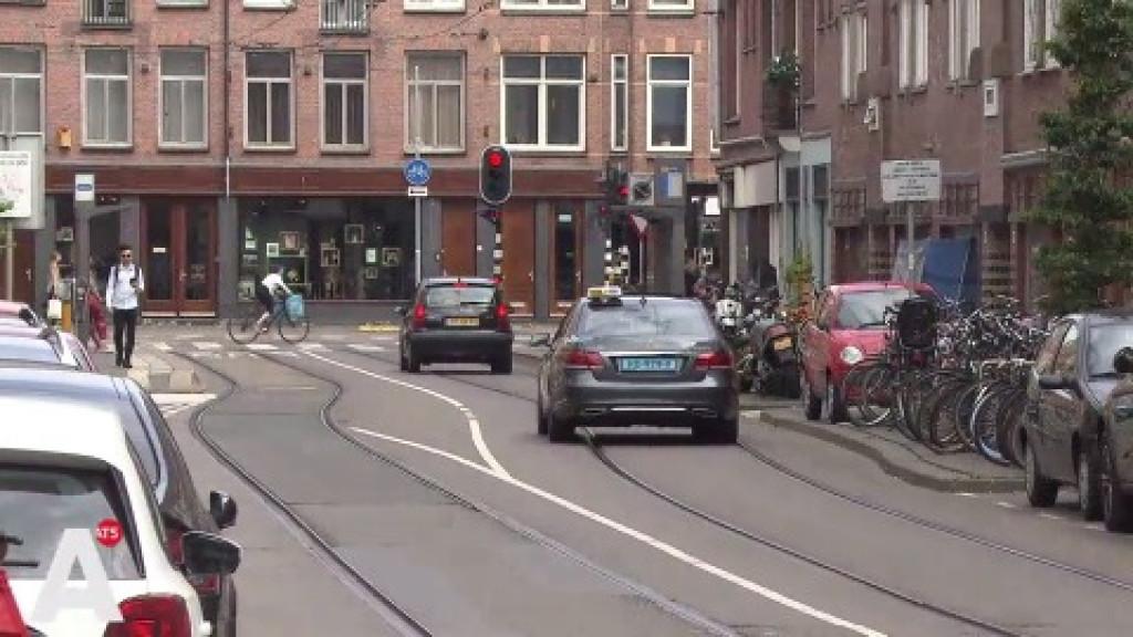 'Witte de Withstraat wordt bijna zeker 30km/h: Wrang dat er nu een ongeluk gebeurt'