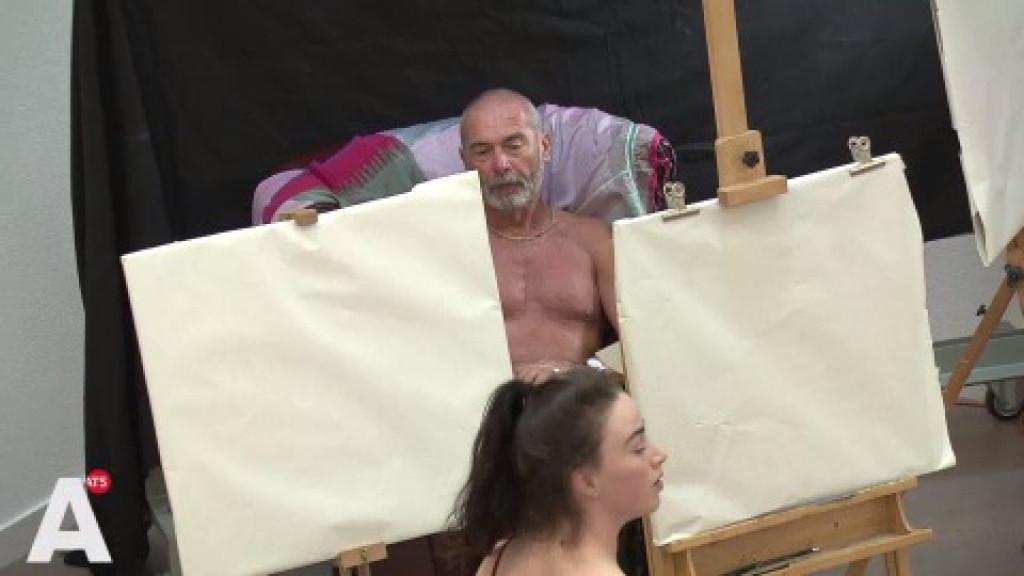 Kunstenaars wonen en werken in Ramses Shaffy Huis: 'Heerlijk'