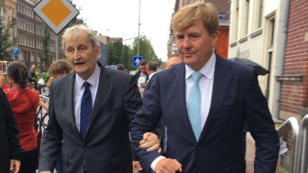 Bijzonder moment toont sterke band burgemeester en koning