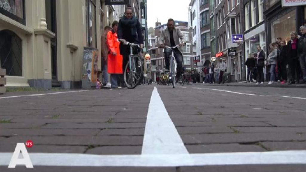 Wedstrijdje sloom fietsen om hardrijders Centrum te verminderen
