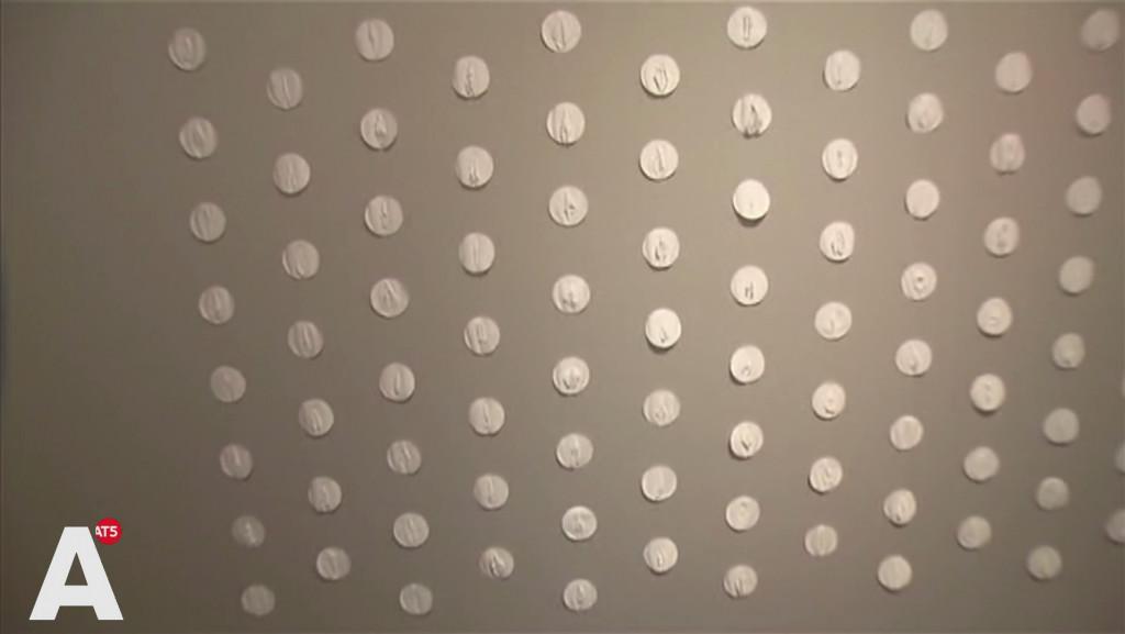 Museumnacht: 120 gevouwen vagina's op een museumwand