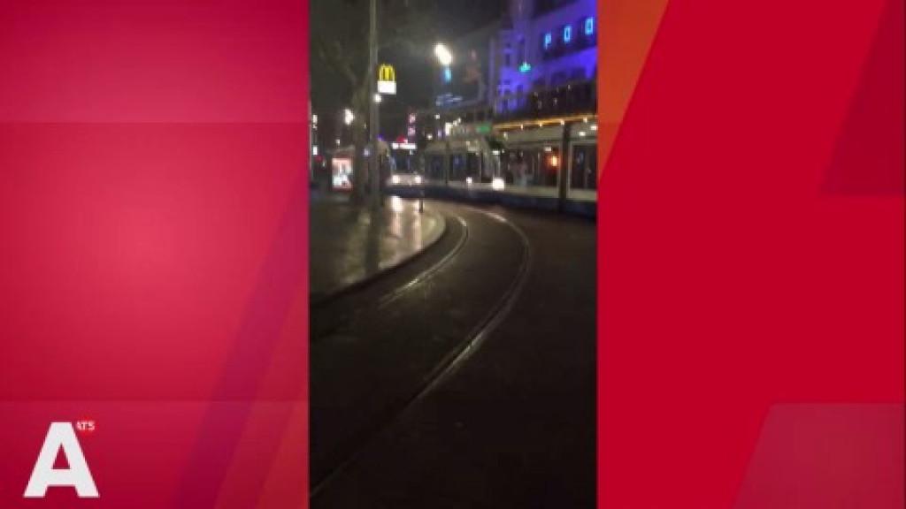 Tramfiles rond Rembrandtplein door defecte deur