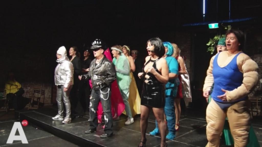 Lhbti-koor geeft 'Vreemd' concert ter ere van 25-jarig bestaan