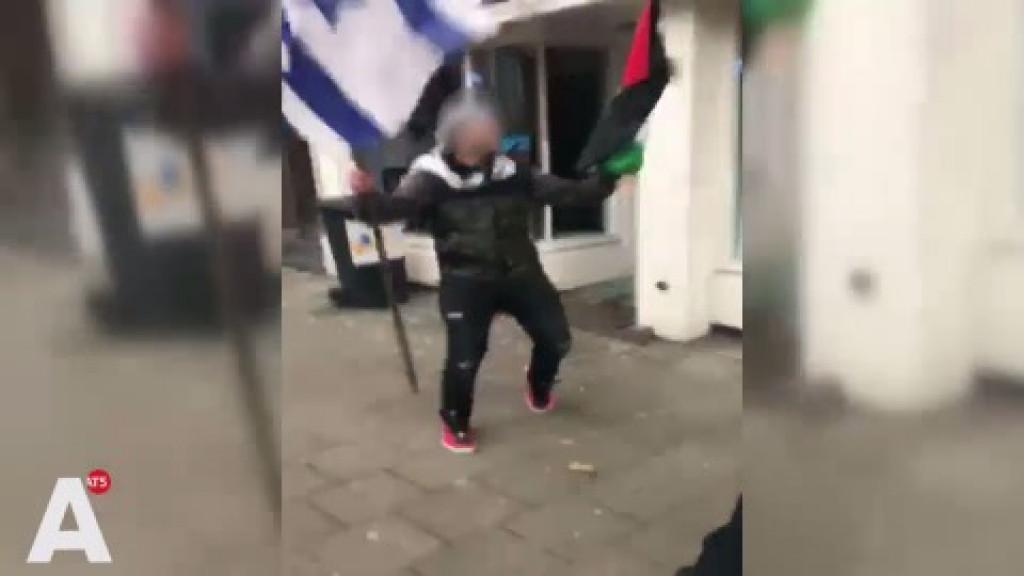 VVD gaat vragen stellen na inslaan ruiten joods restaurant