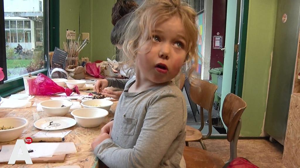 Samen taarten bakken bij Lola Lik