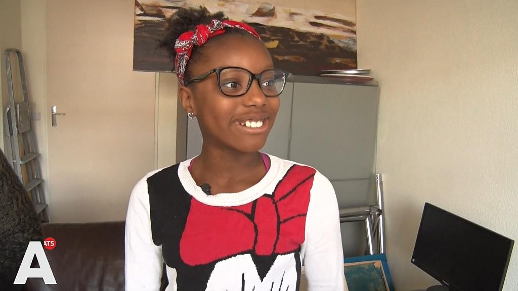 Tyra (12) krijgt mentorlessen van student Francesca: 'Cijfers gaan omhoog'