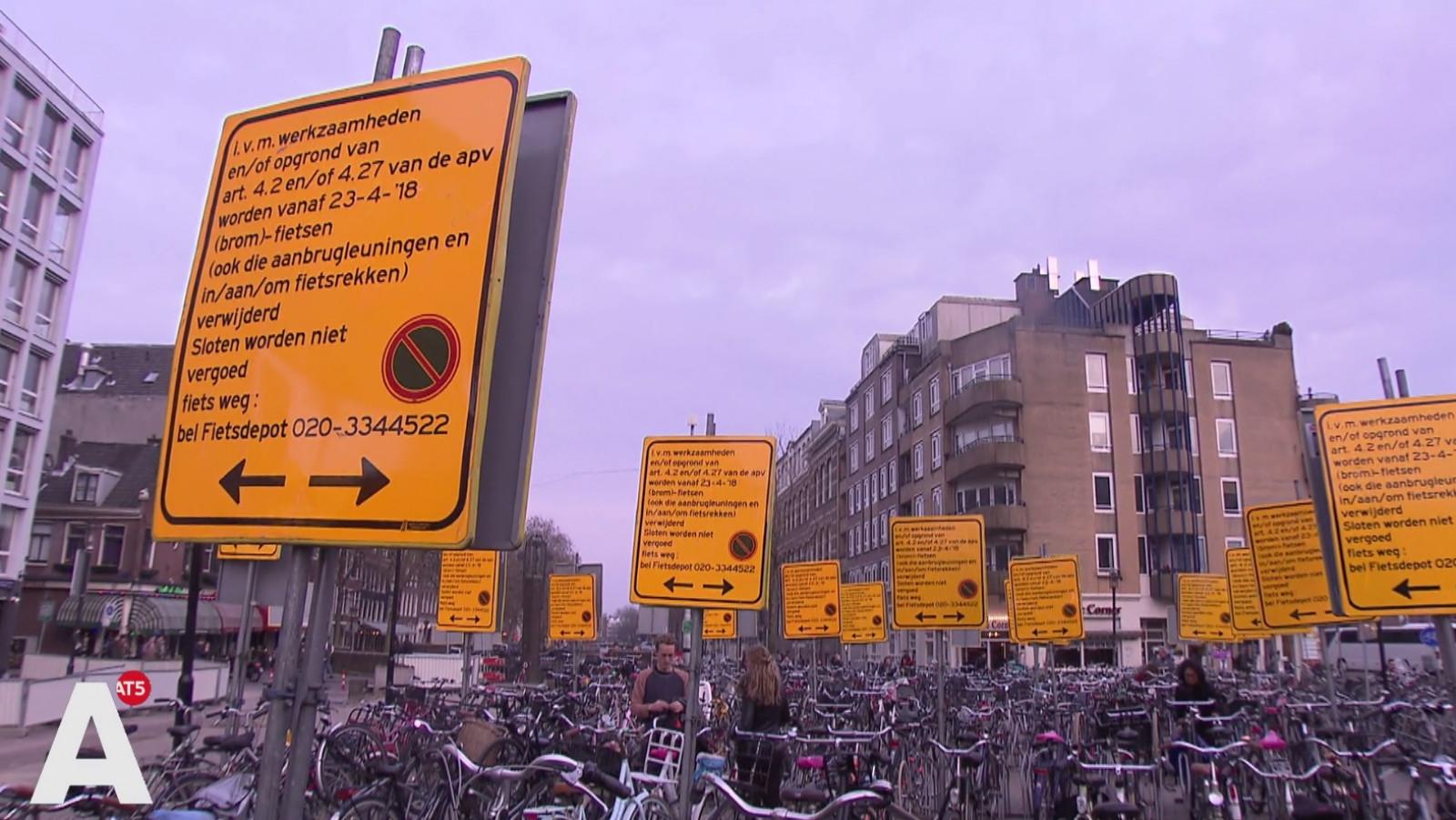 Betere 115 fietsen verwijderd op Kleine-Gartmanplantsoen: '54 borden EM-81