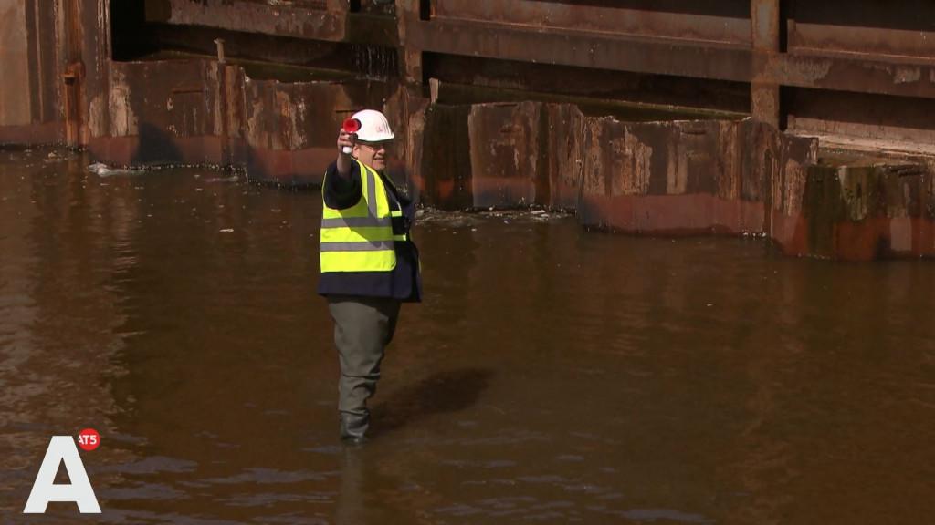 'Pauls Parkeerpaleis' onder water gezet door Slettenhaar: 'Geweldig!'