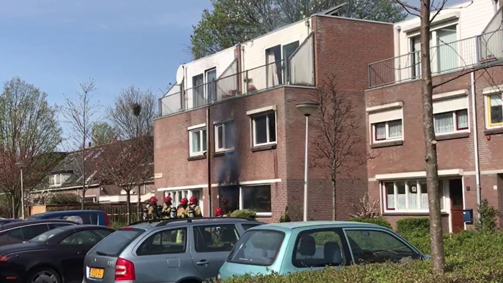 Veel schade door brand in appartement Diemen