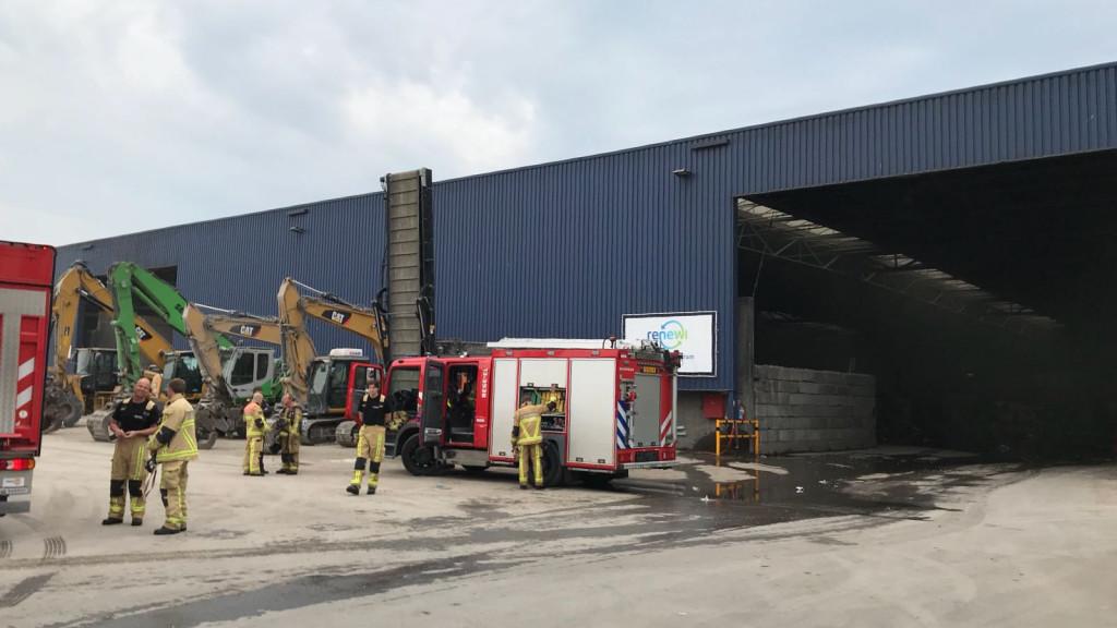 Brand in loods afvalverwerker Westelijk Havengebied