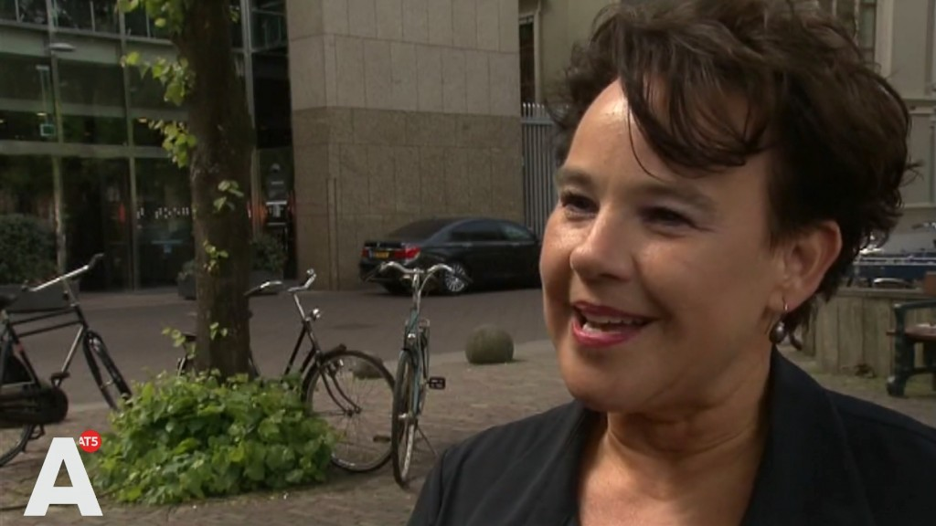 Sharon Dijksma wil dat openbaar vervoer 'slagader van de stad' wordt