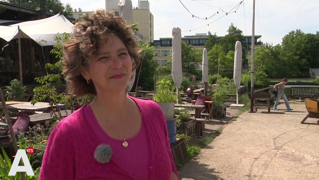 Wethouder Duurzaamheid Van Doorninck is zelf nog niet zó duurzaam: 'Ik kook op gas'