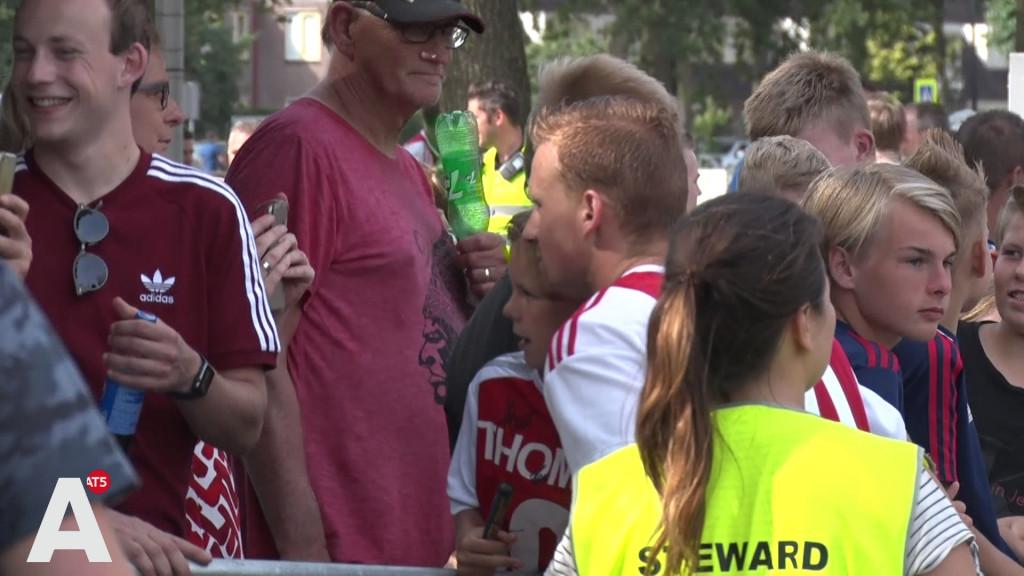 De Wit hoopt op een kans in Ajax 1