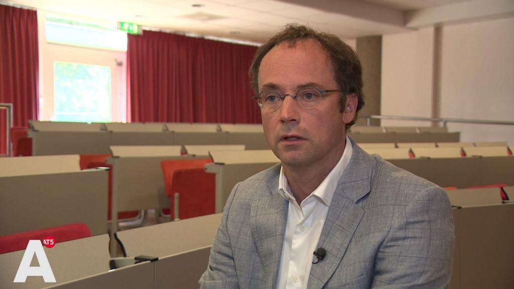 Bestuur MC Slotervaart reageert op crisis: tien banen weg