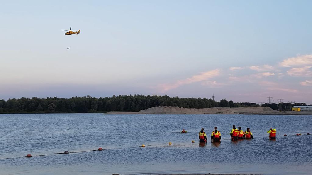 Grote zoekactie naar vermiste zwemmer (59) bij strand Blijburg