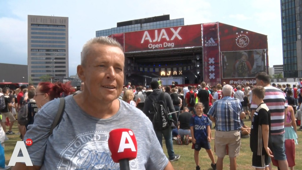 Positiviteit alom bij open dag Ajax: 'Ik heb er veel vertrouwen in'