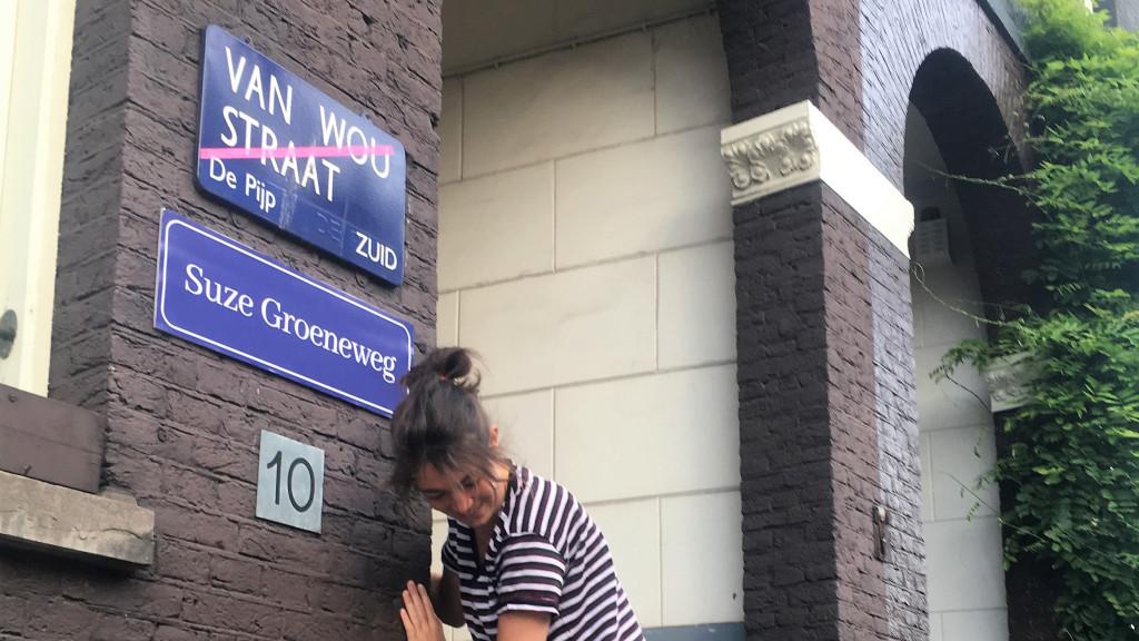 Feministen dopen mannelijke straatnamen om: De Dam heet nu Dame