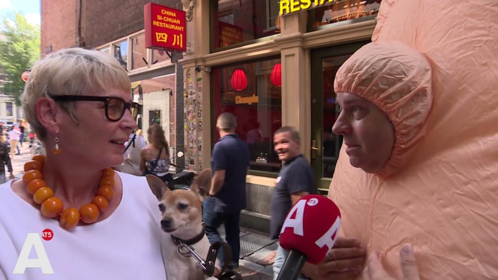 Wallenbewoners gaan overlast tegen: 'Dit is hem: mijn water-kalashnikov'
