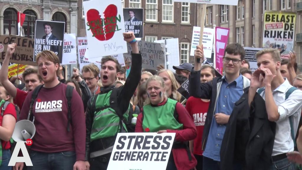 Studentenprotest tegen rente: 'Politiek heeft iets nieuws bedacht om ons te naaien'