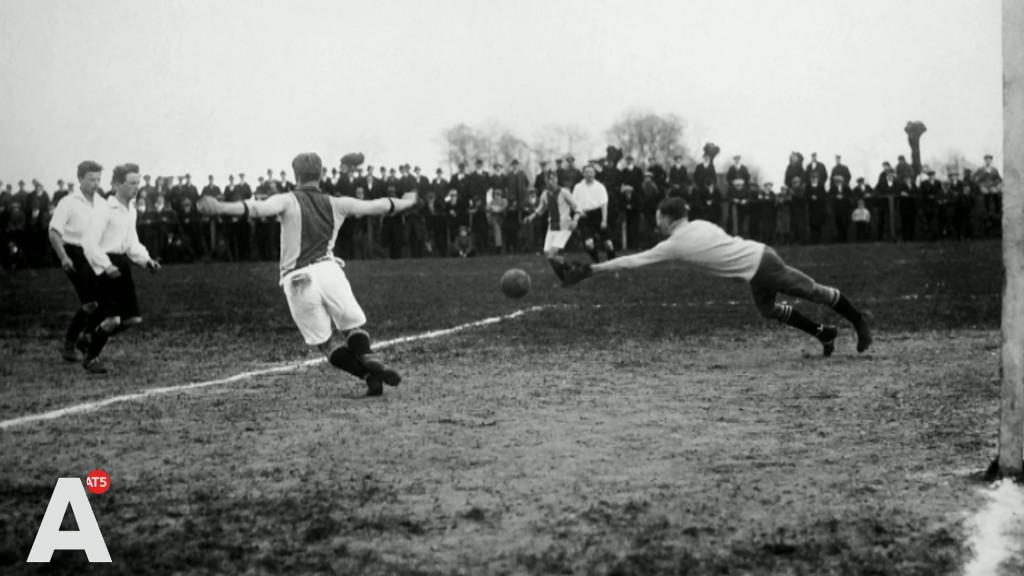 Hoe Ajax honderd jaar geleden de eerste titel won met 'dank' aan WO I