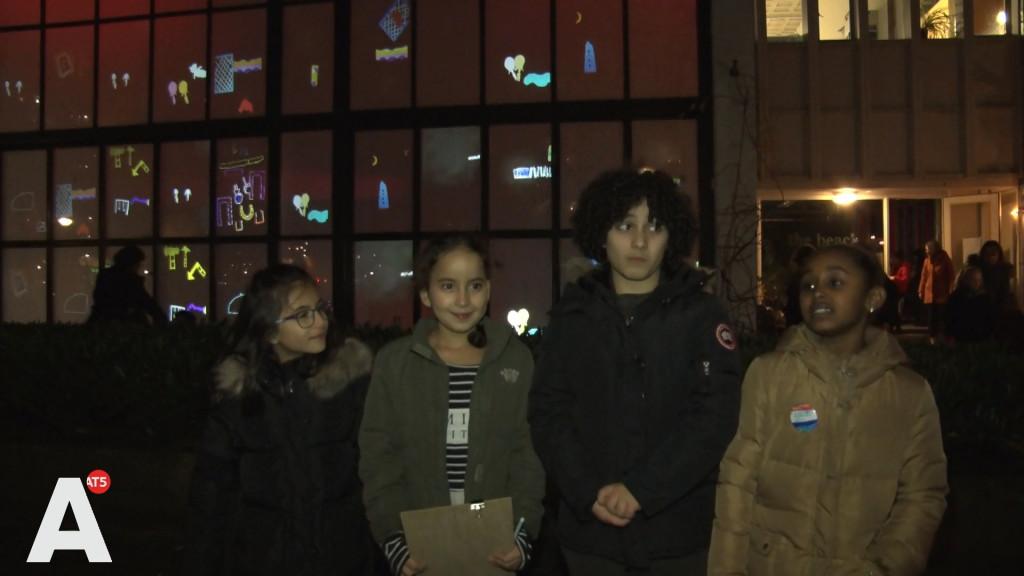 Osdorpse kinderen maken eigen lichtkunstwerk: 'Ook hier moet het Light Festival komen!'