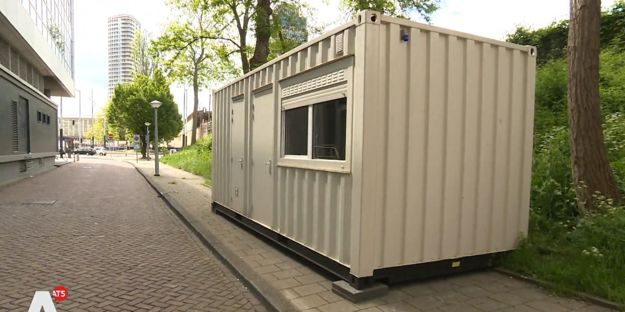 Zeecontainers als illegaal hotel verhuurd via Airbnb