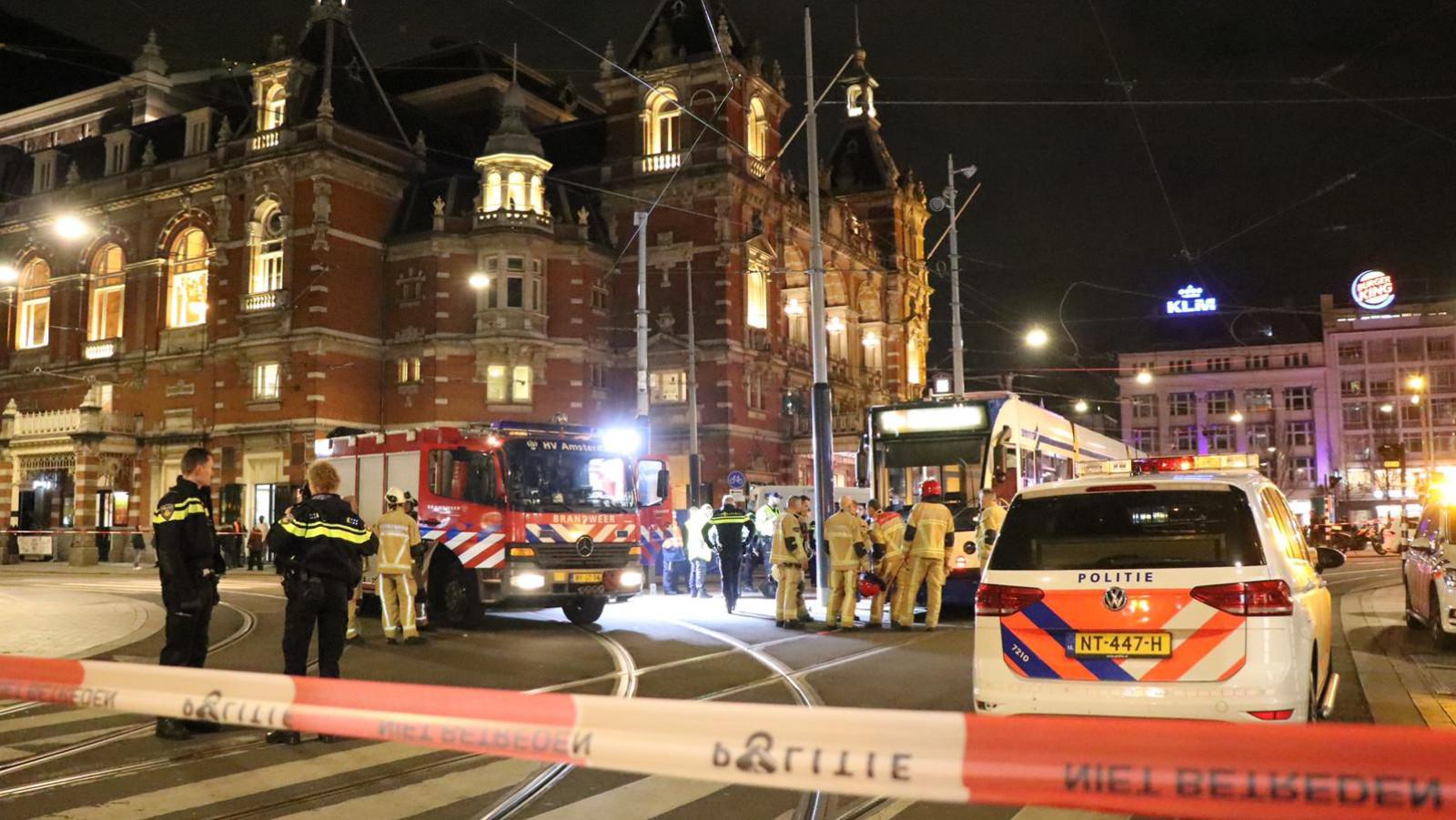 Fietser gewond na aanrijding met tram op Leidseplein.