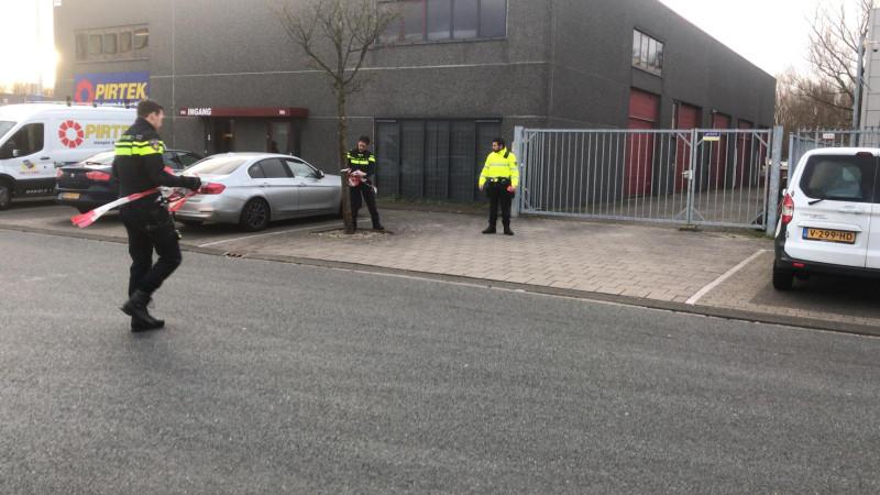Explosie in bedrijf Sloterdijk, vermoedelijk door bombrief